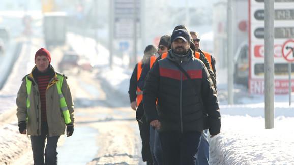 Aktivisti Lokalnog fronta rešeni da pešice stignu u Beograd 16. januara
