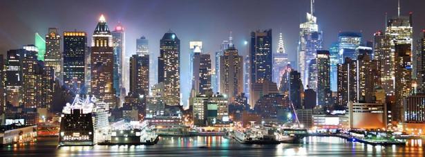 Nowy Jork - niekwestionowany lider, którego niezapomniana panorama jest zasługą niezliczonej ilości wieżowców.