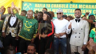 President Magufuli brings Diamond, Alikiba and Harmonize together (Photos)