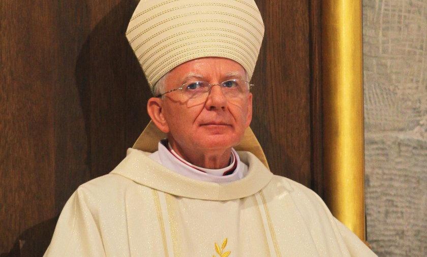 Arcybiskup Marek Jędraszewski, Metropolita Łódzki: W piątek w Święto Niepodległości dyspensa od postu