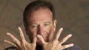 Robin Williams kradnie zwłoki
