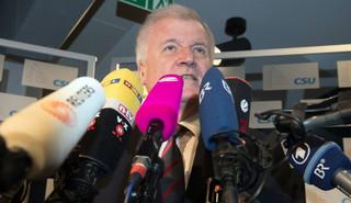 Premier Bawarii deklaruje poparcie dla kandydatury Merkel