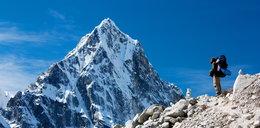 Stosy odchodów na Mount Evereście! W Himalajach śmierdzi!