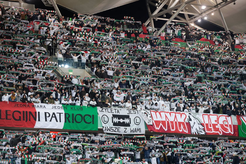 Prawdopodobnie już za kilka tygodni mecze piłkarskiej ekstraklasy i żużlowej ekstraligi będą rozgrywane w obecności widzów.