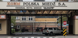 Tragedia w Hucie Głogów. Pracownik spadł z dachu