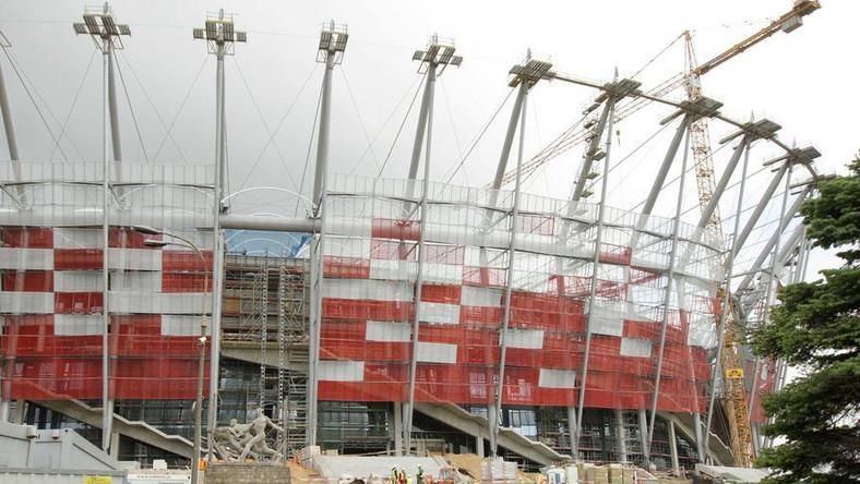 Nie tylko schody. Na Stadionie Narodowym jest więcej fuszerek