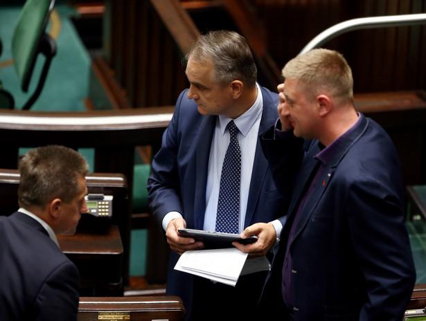 Waldemar Pawlak w Sejmie. Fot. PAP/Tomasz Gzell