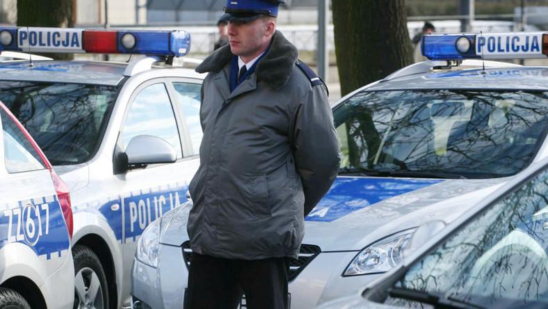 Policji zabrakło na płyn do spryskiwaczy