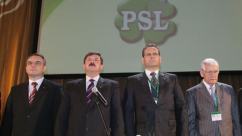 Przed głosowaniem na temat wotum nieufności dla szefa MON w klubie PSL obowiązuje dyscyplina