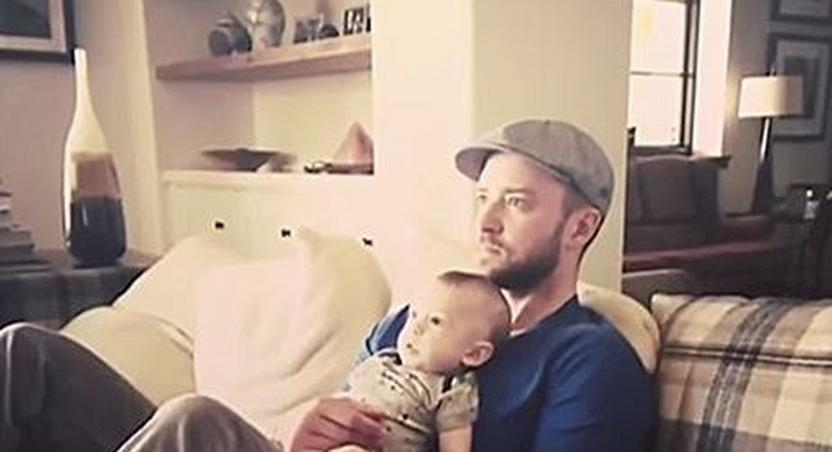 Justin Timberlake and son pose for cute photo