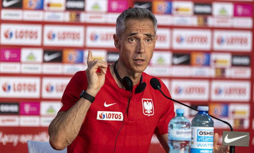 Paulo Sousa w ogniu pytań. Tłumaczy swoje powołania na najbliższe mecze polskiej reprezentacji.
