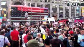 Protesty w Nowym Jorku przeciwko decyzji prezydenta o zakazie służby w wojsku dla transseksualistów