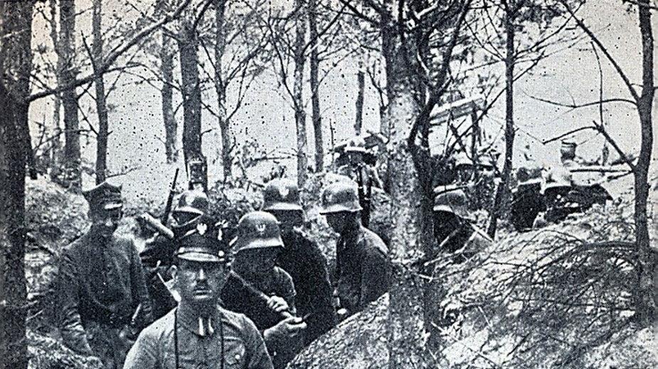 Powstańcy wielkopolscy w okopach. Styczeń 1919 r.