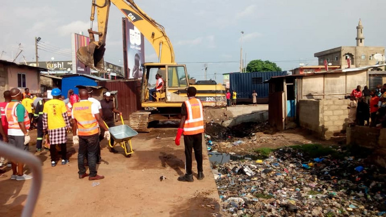WASH Africa and Zoomlion clean Nima