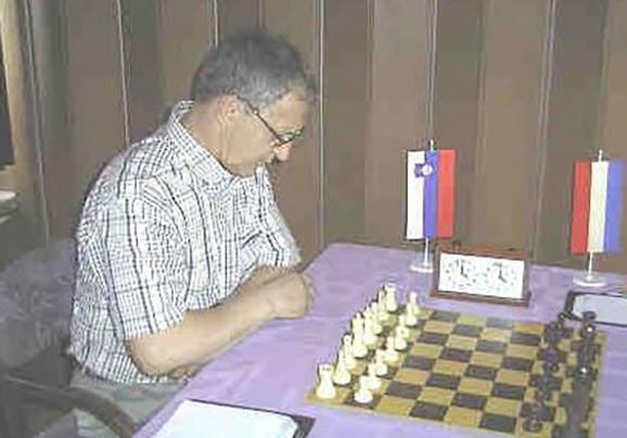 Enver Bukić