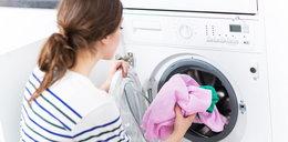Wsyp łyżeczkę pieprzu do pralki, włącz urządzenie i zobacz, co się stanie. Super sprawa!