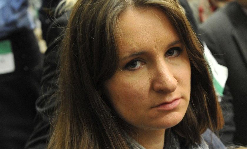 Niemowlęta mają ochraniać staruszków? Karolina Elbanowska o szczepieniach dzieci.