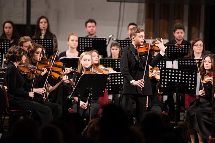 Sinagoga_Filharmonija_mladih_1