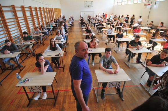 Osmaci izuteti zbog završnog ispita