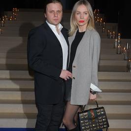 Agnieszka Woźniak-Starak z mężem i Maryla Rodowicz na wystawie. Kto jeszcze podziwiał obrazy?