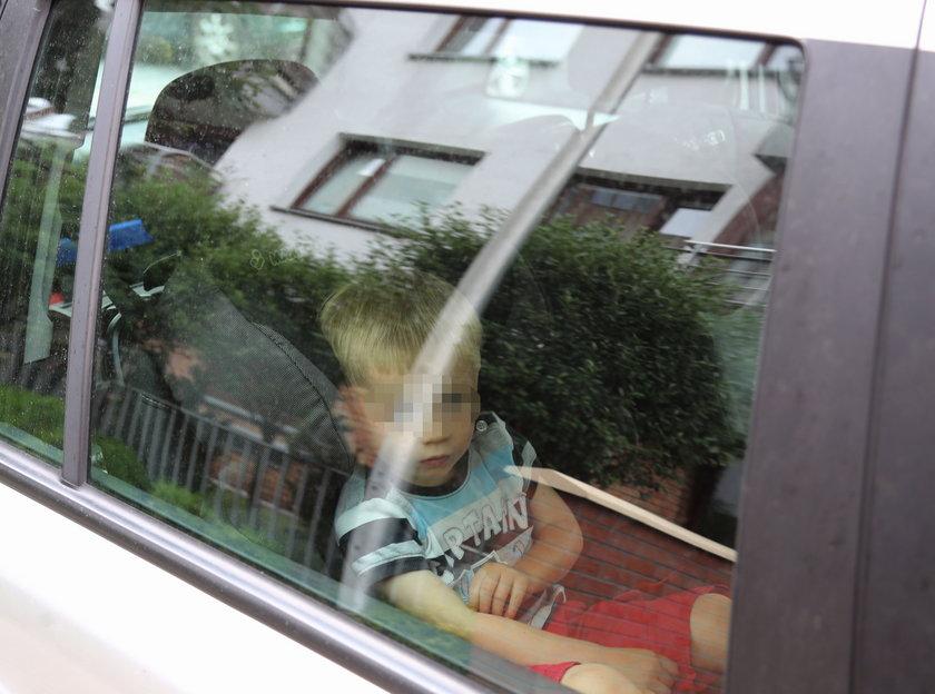 Nie zostawiaj dziecka w samochodzie