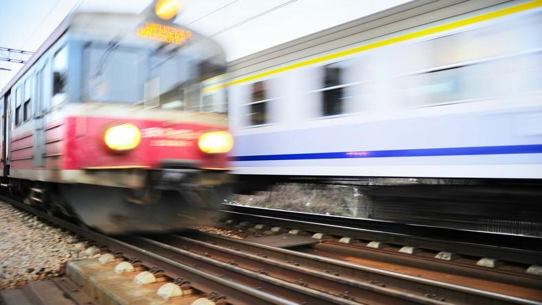 kolej, pociąg, pkp