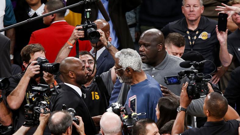Bill Russell (w środku), Shaquille O'Neal i Kobe Bryant
