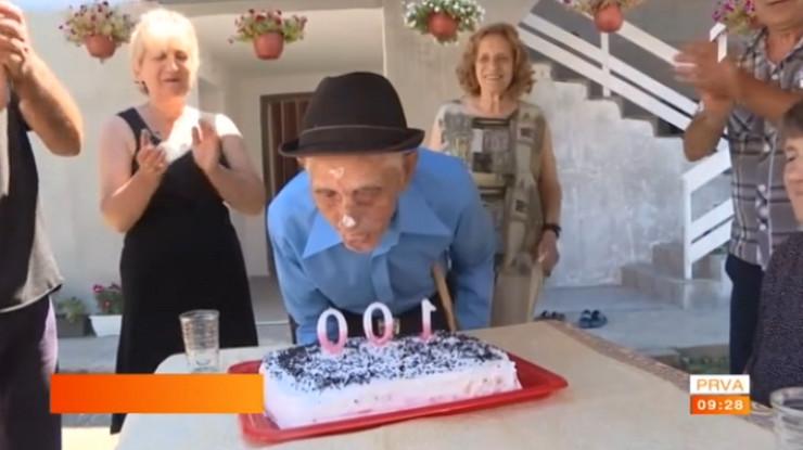 Deka Čedomir, stoti rođendan
