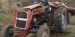 Dramat! 15-latka przygniótł traktor!