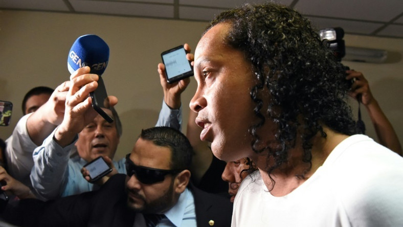 Ronaldinho claims he did not know the Paraguayan passports were fake