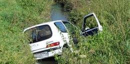 Co za wypadek! Seicento w rzece. FOTO