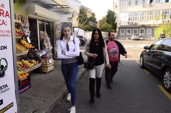 Marina Gagić sa roditeljima Darka Lazića