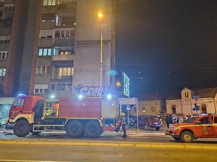 Požar u zgradi na raskrsnici ulica 7. Jula i Stefana Prvovenčanog Niš