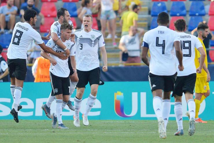 Mlada fudbalska reprezentacija Nemačke, Rumunije, mladi fudbaleri Rumunija, Nemačka