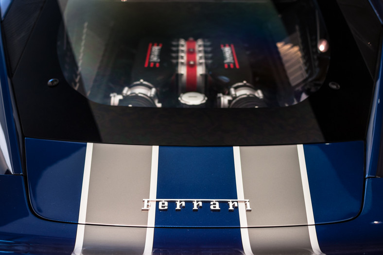 Ferrari 458 Speciale - silnik V8 o pojemności 4,5 l, moc maksymalna 605 KM