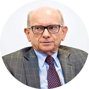 prof. Dr hab. Jan Wawrzyniak konstytucjonalista z Akademii Leona Koźmińskiego