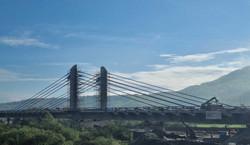 Most-gigant otwarty dla kierowców. Stary pamiętał wojnę i zostanie rozebrany