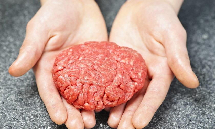 Czechy wycofują 17,5 ton polskiego mięsa mielonego.