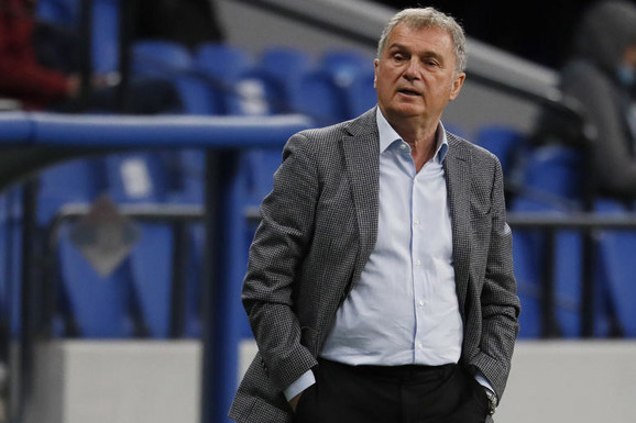 Pravo pitanje je ŠTA TREBA DA SE DOGODI pa da to bude SMAK SVETA za srpski fudbal... Ljubiša Tumbaković pred Norvešku: DAJ BOŽE da nas niko ne ometa