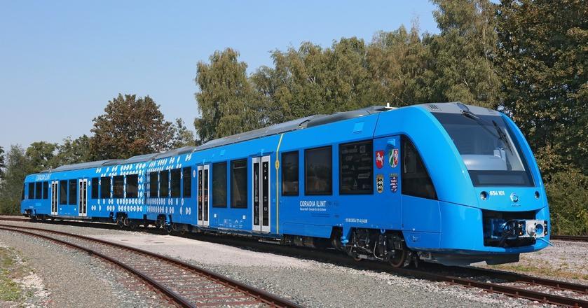 Pociągi Coradia iLint będą mogły pokonać do tysiąca kilometrów z jednym zbiornikiem wodoru