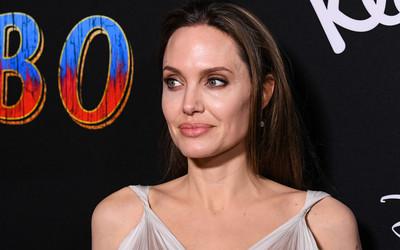 Angelina Jolie seks wideo lil czarna cipka