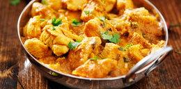 Kurczak w sosie curry. Prosty przepis