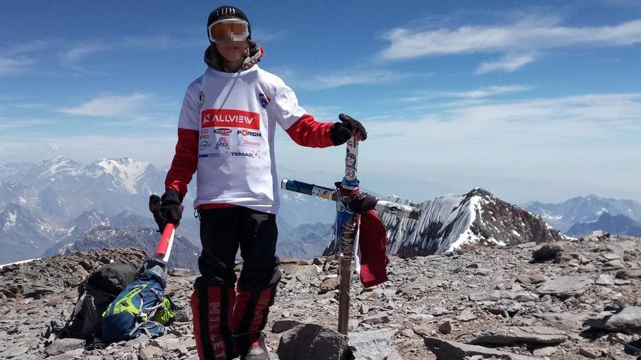 Gulácsi Erik Argentínában az  Aconcagua 6962 méteres Amerika legmagasabb csúcsán