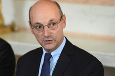 """Francuski ambasador za """"Blic"""": Zašto sam osetio potrebu da se IZVINIM SRPSKOM NARODU"""