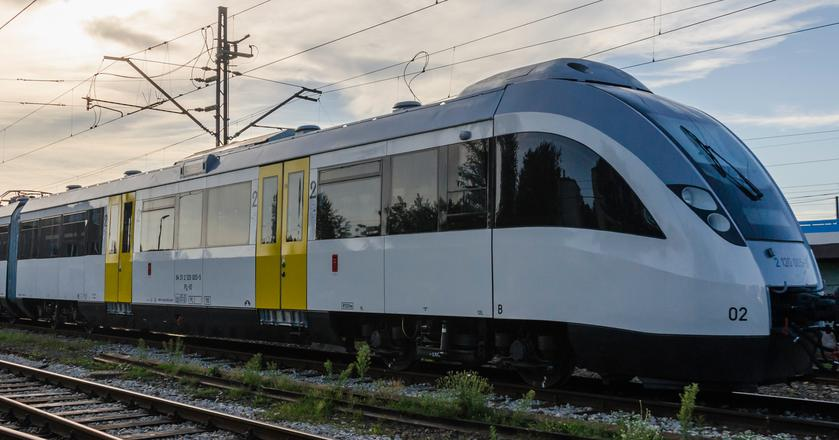 Spółka wynajmuje m.in. pociągi 14WE Kolejom Śląskim i Kolejom Małopolskim
