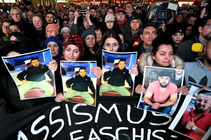 Javnost u šoku nakon masakra