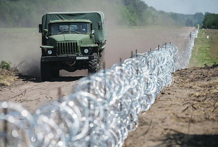 654716_migranti03foto-tanjug