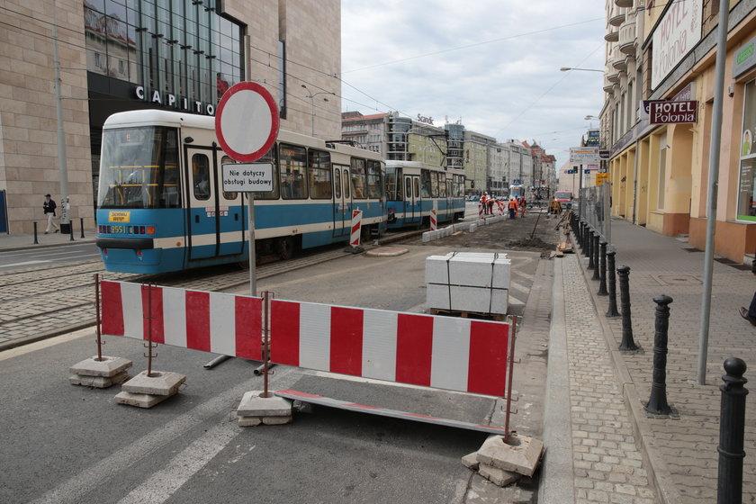 Ulica Piłsudskiego we Wrocławiu została zamknięta