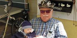 Oto Lech Wałęsa z wnuczkiem. Mamy ich pierwsze zdjęcia!