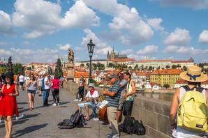 ČETIRI DANA U PRAGU ZA 65 EVRA Evropski gradovi hit među našim vikend turistima